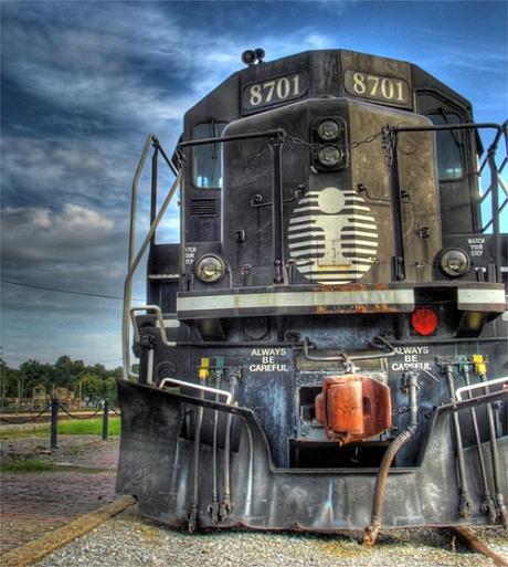 train-picture-04.jpg