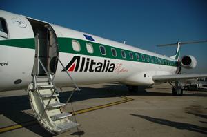 """Alitalia, il """"no"""" responsabile dei lavoratori"""