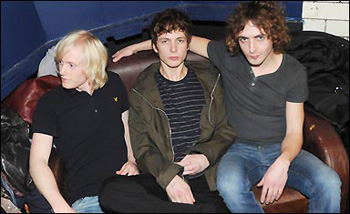 I Twisted Wheel stanno per approdare in Italia con il loro punk/post-punk british e art rock