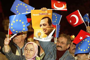 La Turchia e l'ingresso nell'Unione Europea una volontà che si deve attuare il più presto possibile