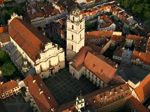 """""""Vilnius capitale europea della cultura 2009"""", la cultura dal vivo fruibile per gli appassionati e semplici curiosi delle varie arti immersi in un paesaggio fiabesco"""