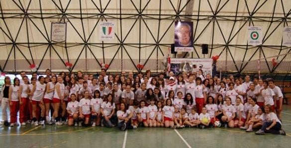 I primi 40 anni dell'Amatori Volley Bari, una grande festa per festeggiare la sua storia, gli atleti ed il gruppo di studenti che anni fa iniziò quest'avventura