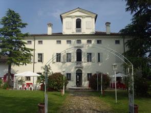Estate in Friuli Venezia giulia, tra paesaggi mozzafiato, ottima gastronomia tipica e il Perdóno