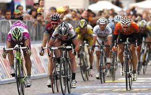 Il Giro d'Italia sbanca il web e prepara la strada ai prossimi avvenimenti sportivi della Rai