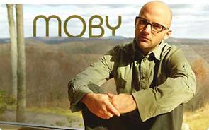 Moby, Planet Funk e Andro (Negramaro) fanno tappa a Bari per l'Mtv Mobile Live