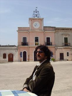 """""""L'uomo nero"""" l'ultimo film di Sergio Rubini racconta la voglia dell'uomo di emergere nella società"""