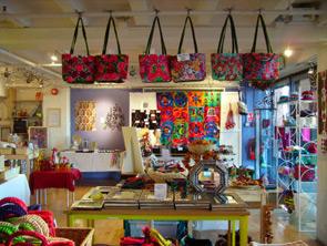 """Dalla Gran Bretagna i """"Temporary shop"""". La moda sbarca anche in Italia"""