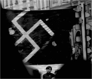 Praga, una storia privata. Ancora pochi giorni per visitare la mostra di fotografica di Enzo Lattanzio a Bari
