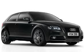 Dark line: la sportività Audi si tinge di nero