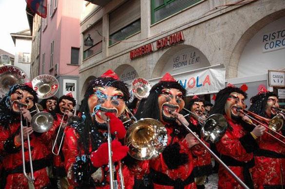 Torna in Canton Ticino la festa più divertente di fine inverno: il Carnevale!