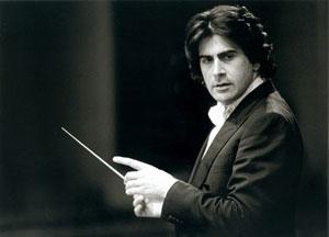 Il maestro Alberto Veronesi sale sul podio della Carnegie Hall
