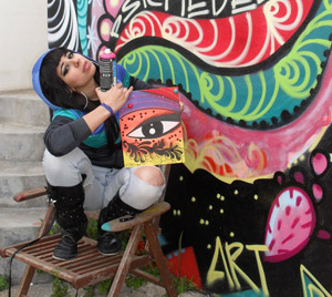 A Londra Eleonora De Giuseppe, tra street art e personale stile pittorico