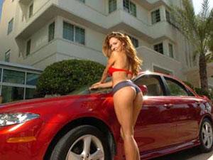 Donne & Motori 2010. Una due giorni per gli amanti delle auto e delle moto