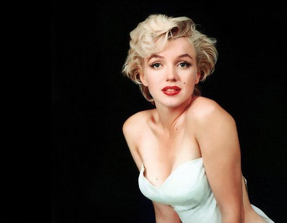 """""""La mia storia"""", l'autobiografia di Marilyn Monroe tradotta da Andrea Mecacci"""