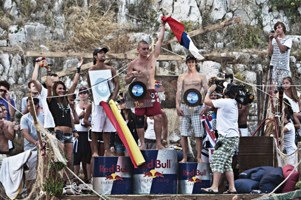 Artem Silchenko vince la quarta tappa della Red Bull Cliff Diving World Series