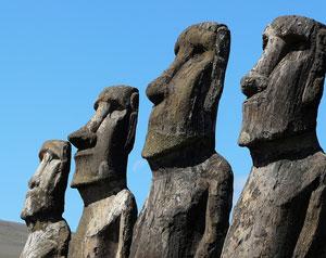"""L'isola di Pasqua (Rapa Nui). Una vacanza """"unica"""" nell'ombelico del mondo"""