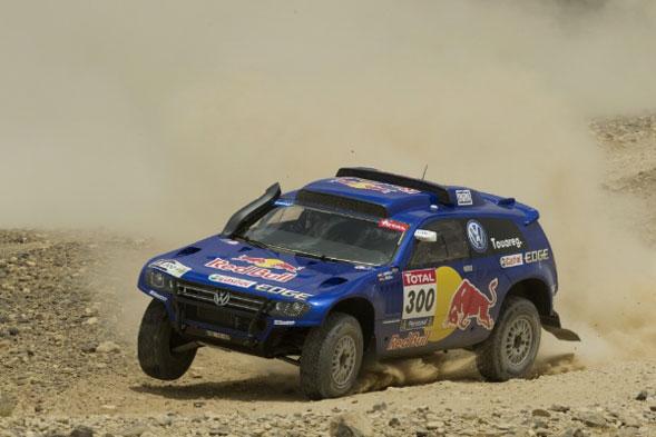 La Volkswagen pronta al via del Rally Dakar 2011
