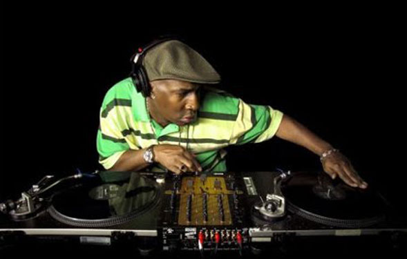 Bug presenta GrandMaster Flash in anteprima nazionale all'H25 di Bari