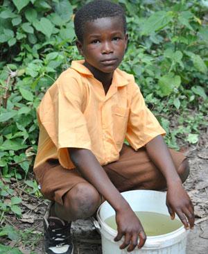 Oggi è la Giornata Mondiale dell'Acqua: Acqua for life, oltre 12 milioni di acqua potabile raccolti