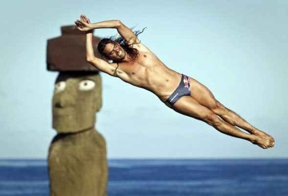 Duque vince la prima tappa della Red Bull Cliff Diving World Series 2011