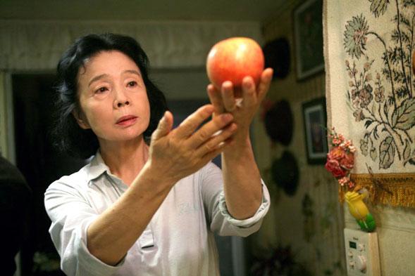 Poetry, il nuovo film di Lee Chang-dong al cinema dal 1 aprile