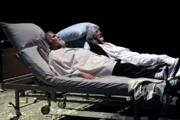 """Al """"Piccinni"""" di Bari Moni Ovadia e Shel Shapiro in """"Shylock"""" fino al 6 marzo"""