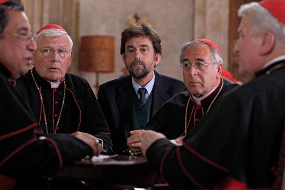 Habemus Papam di Nanni Moretti: la risposta italiana ad Angeli e Demoni e non solo