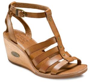 ECCO, la comodità e la qualità di una scarpa al passo dei tempi moderni