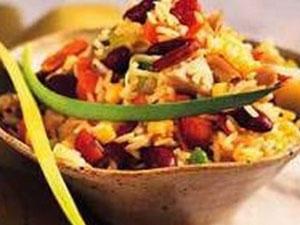 La tavola tra consuetudini alimentari e alternative vegetariane e vegane