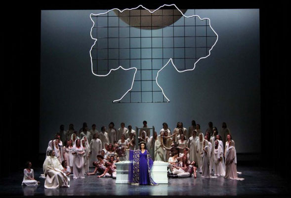 Il meraviglioso ritorno della Norma al Teatro Petruzzelli dopo venti lunghi anni