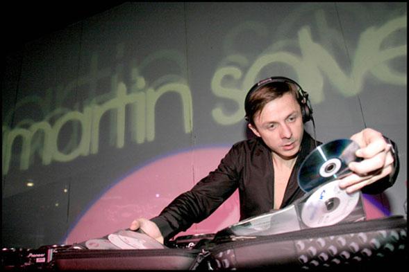 Il Divinae Follie compie 21 anni e festeggia l'11 giugno con dj Martin Solveig