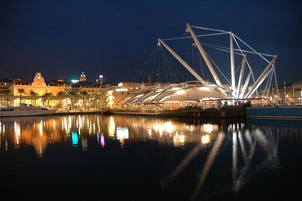 L'Arena del Mare del Porto Antico di Genova. Un autentico teatro sull'acqua