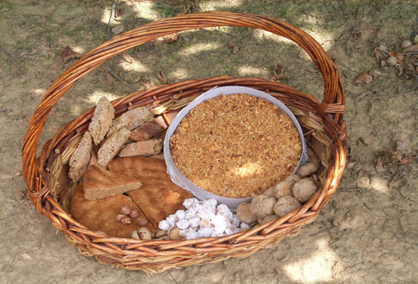 La nocciola del Piemonte viene celebrata durante l'Hi-food Alta Langa