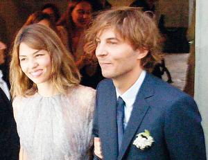 Sofia Coppola e Thomas Mars a Bernalda per il loro matrimonio tra tanti vip