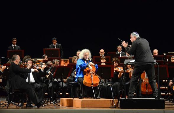 Petruzzelli, gli irrequieti. Successo del concerto con Daniel Oren e Mischa Maisky