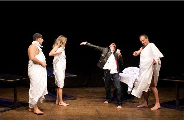 Una volta nella vita, il 23 marzo al Teatro Socrate di Castellana Grotte