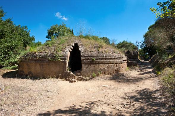 Le voci di Cassandra, il 16 giugno nella necropoli di via Portuense a Roma