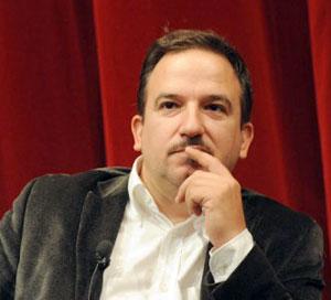 Luca Telese riceverà il premio alla carriera durante la 6a edizione del Premio Giornalistico Maurizio Rampino