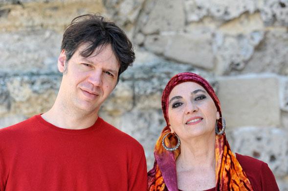 Sulle Ali della Bellezza, 'Far Libe' l'ultimo lavoro del duo Carone-Signorile
