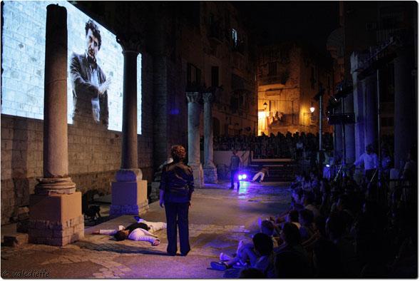 """""""GIUGLIÈTT'E ROMÈ"""" ovvero la tragedia di Shakespeare tra i vicoli della Città Vecchia di Bari"""