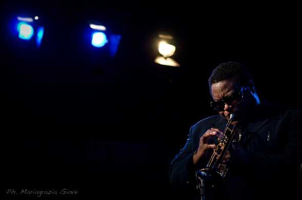 Miles Smiles – un cast stellare in omaggio Miles Davis