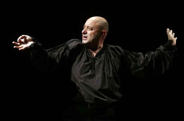 Paolo Panaro è Oblomov: le direzioni del racconto fino al 16 dicembre a Bari