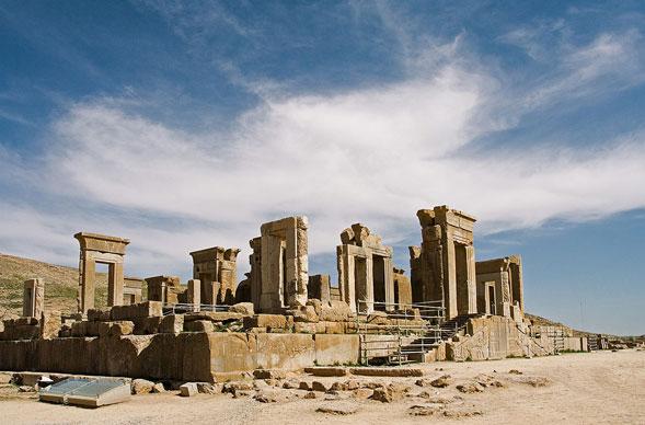 Persepoli: tra leggende ed attualità la città continua a far parlare di sè