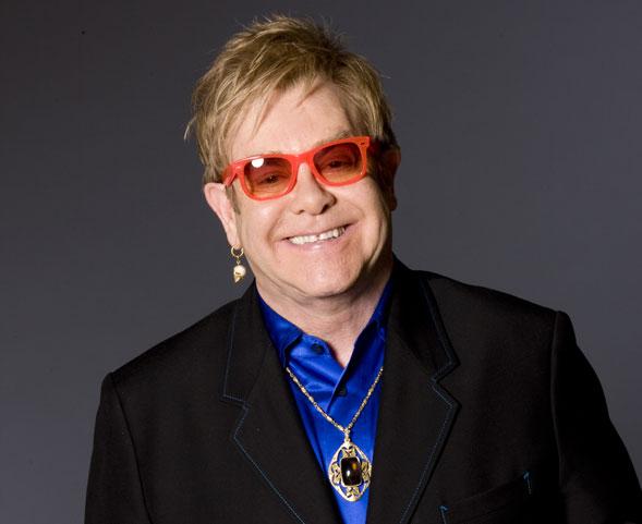 """Elton John il 9 luglio a Barolo in concerto per """"Collisioni"""""""