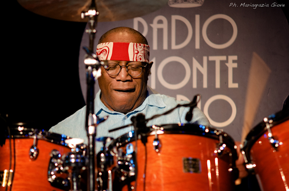 Sul palco del Blue Note di Milano: Billy Cobham, the best Jazz-Fusion Drummer