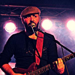 Luigi Bruno dei Muffx si racconta e presenta il concerto al Garage Sound di Bari