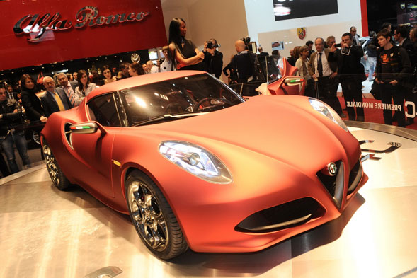 Alfa Lancia la 4C Launch Edition supercar compatta
