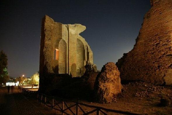 Teatro Festival Magna Graecia dal 13 luglio i siti archeologici della Calabria viaggio unico tra teatro e cultura