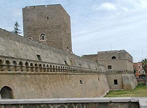 Bari.castello_svevo-a