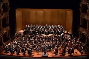 Orchestra e Coro Petruzzelli - ph Cofano
